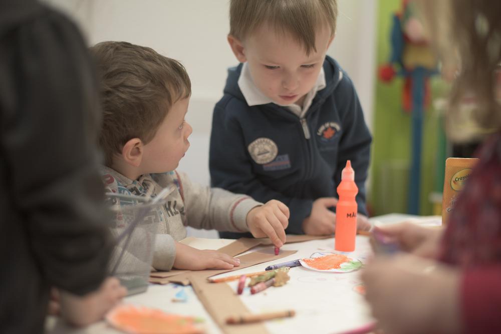 Activité en anglais pour enfant de 3 ans